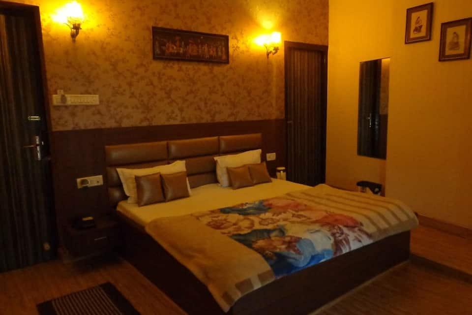 Hotel Aashyana, Company Bagh Road, Hotel Aashyana