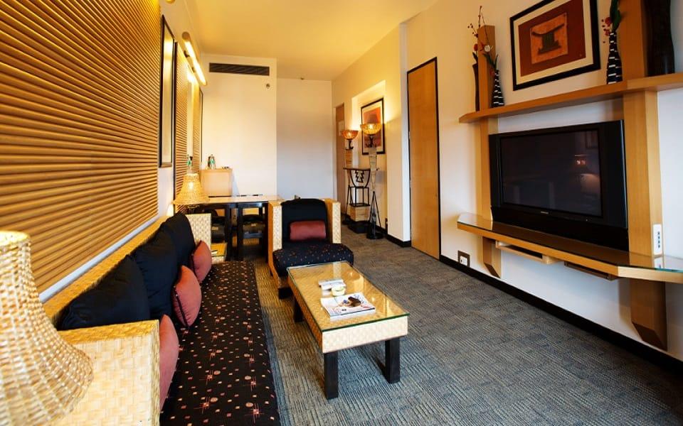 The E- SQUARE Hotel, Aundh, The E- SQUARE Hotel