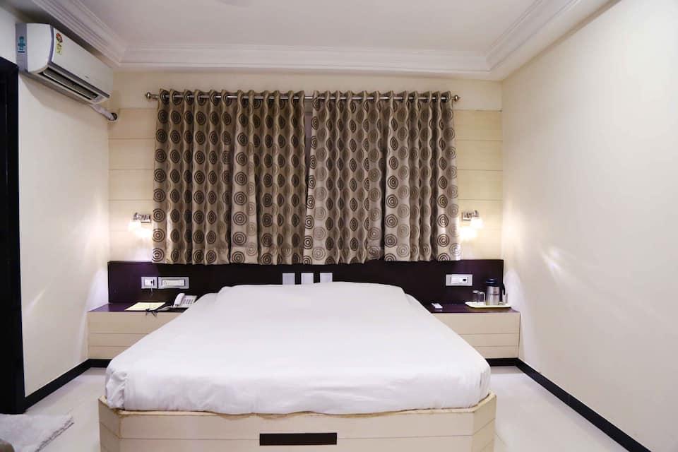Hotel Regency, none, Hotel Regency