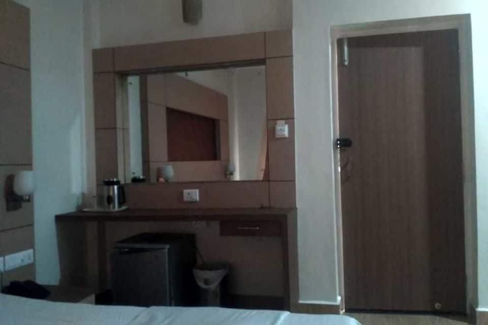 Hotel Sakthi Priya, Purasaivalkam, Hotel Sakthi Priya
