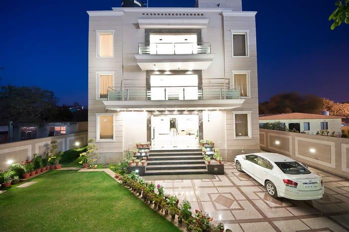 Hotel Aadhar, DLF Phase 2, Hotel Aadhar