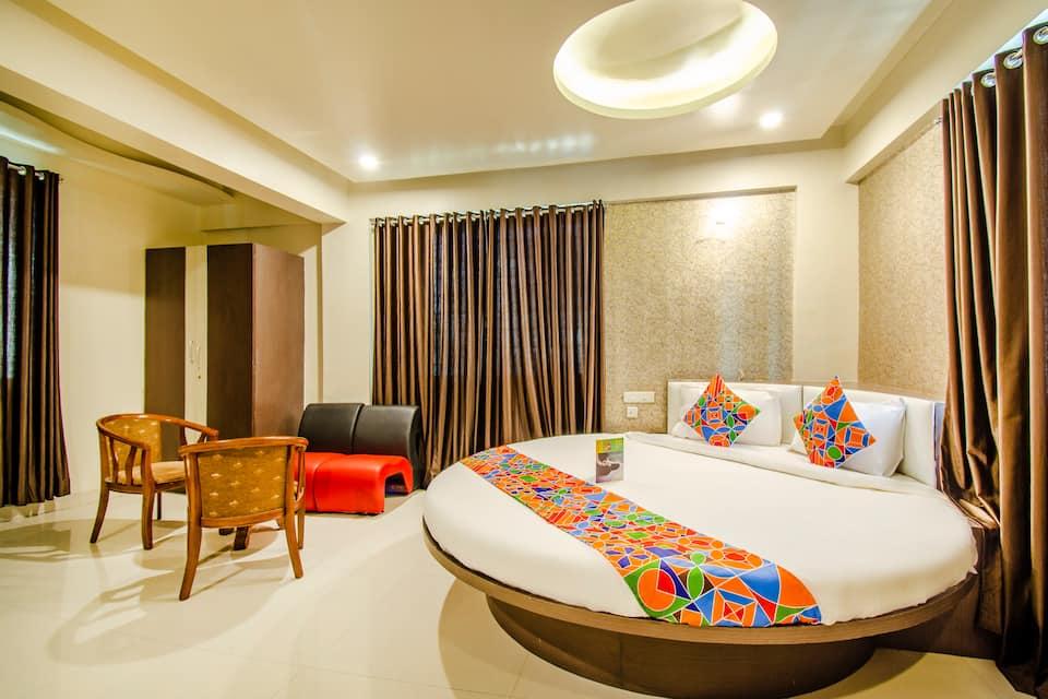 Deluxe Double Room with Breakfast