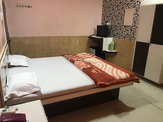Hotel Rajmahal, none, Hotel Rajmahel