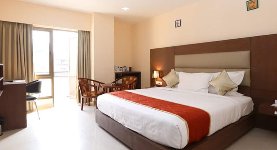 The Contour Hotel, Paltan Bazar, The Contour Hotel