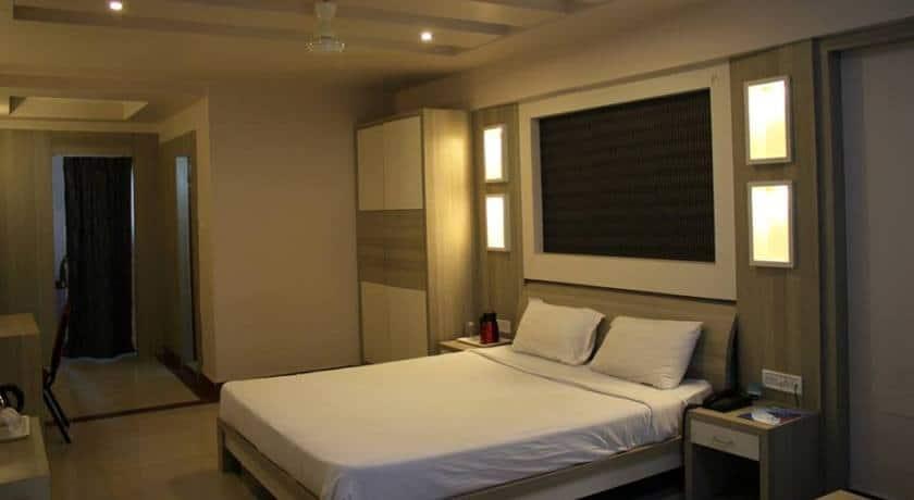Standard Room with Breakfast