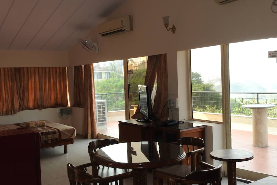 AC Room with breakfast