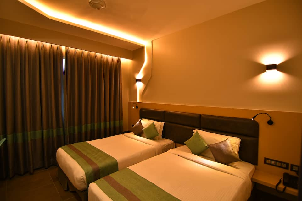 The Cent ( Hotel Sandhya ), Lakdi Ka Pool Khairatabad, The Cent ( Hotel Sandhya )