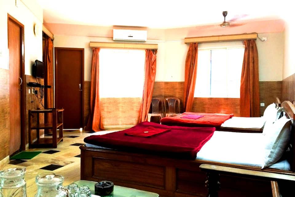 Hotel Sonar Tori, Gopal Ballav Road, Hotel Sonar Tori