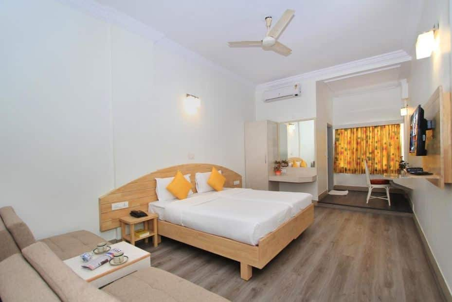 Deluxe Single AC Room - With Breakfast