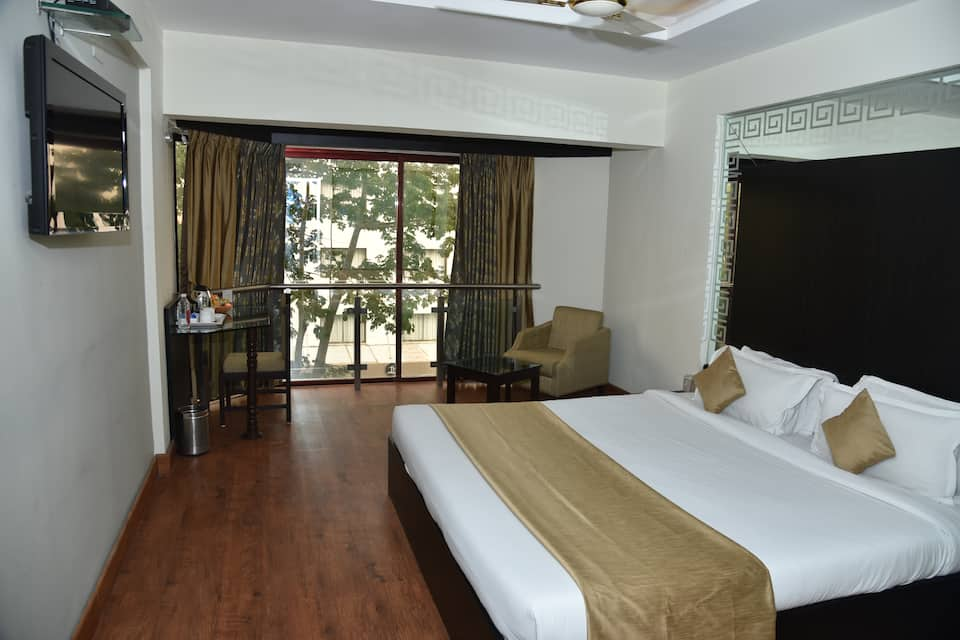 Eco Executive Room With Breakfast