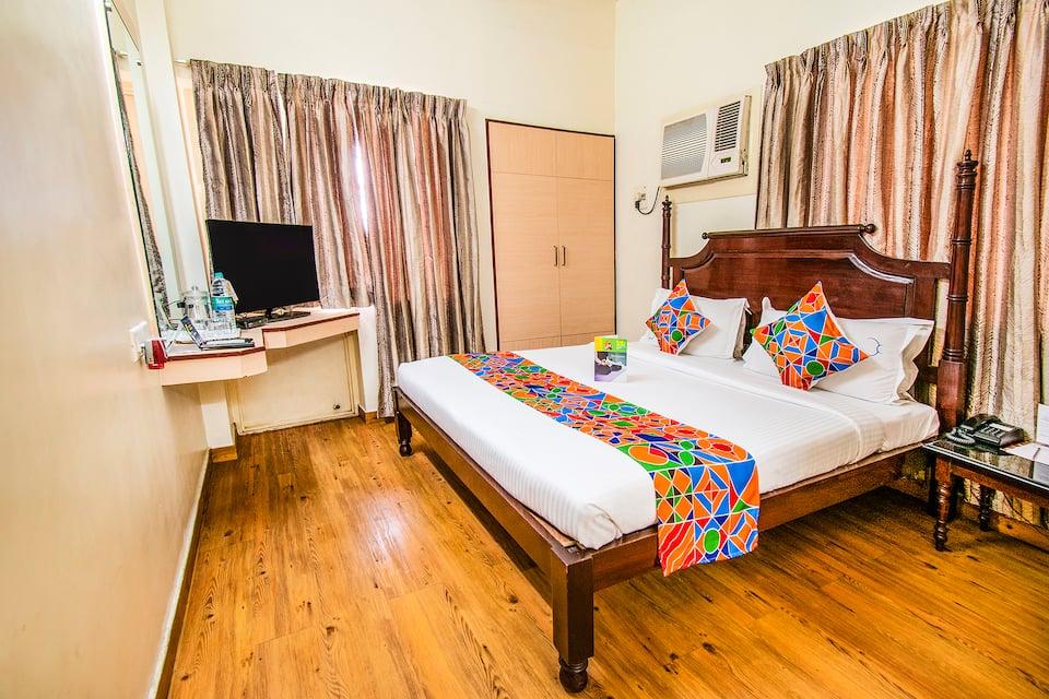 Fab Express Crescent Inn East Coast Road, Thiruvanmiyur, Fab Express Crescent Inn East Coast Road