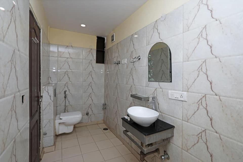 Hotel R Continental, Paharganj, Hotel R Continental