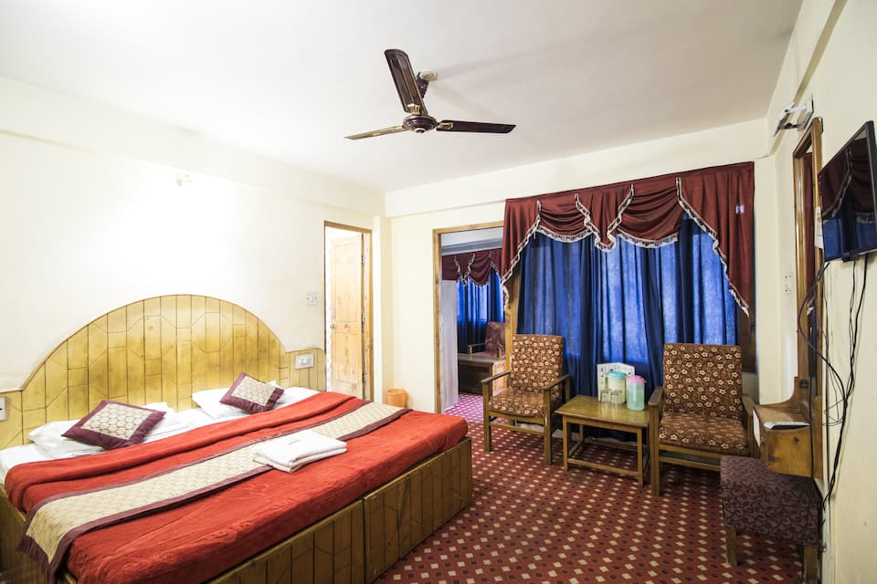 Hotel Triveni, Mall Road, Hotel Triveni