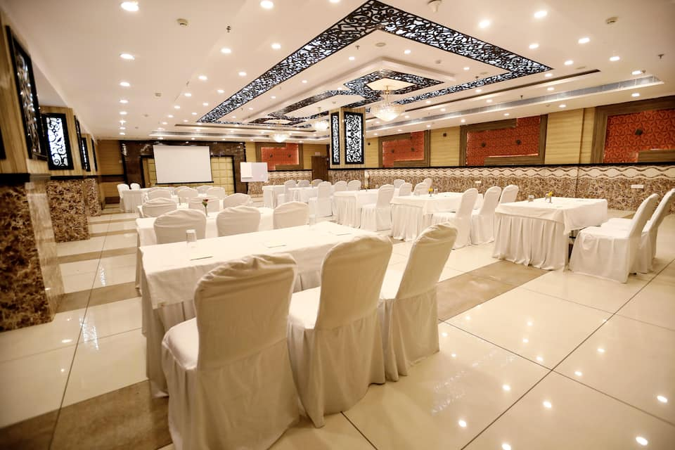 The Grand Radiant, Cantt Road, The Grand Radiant