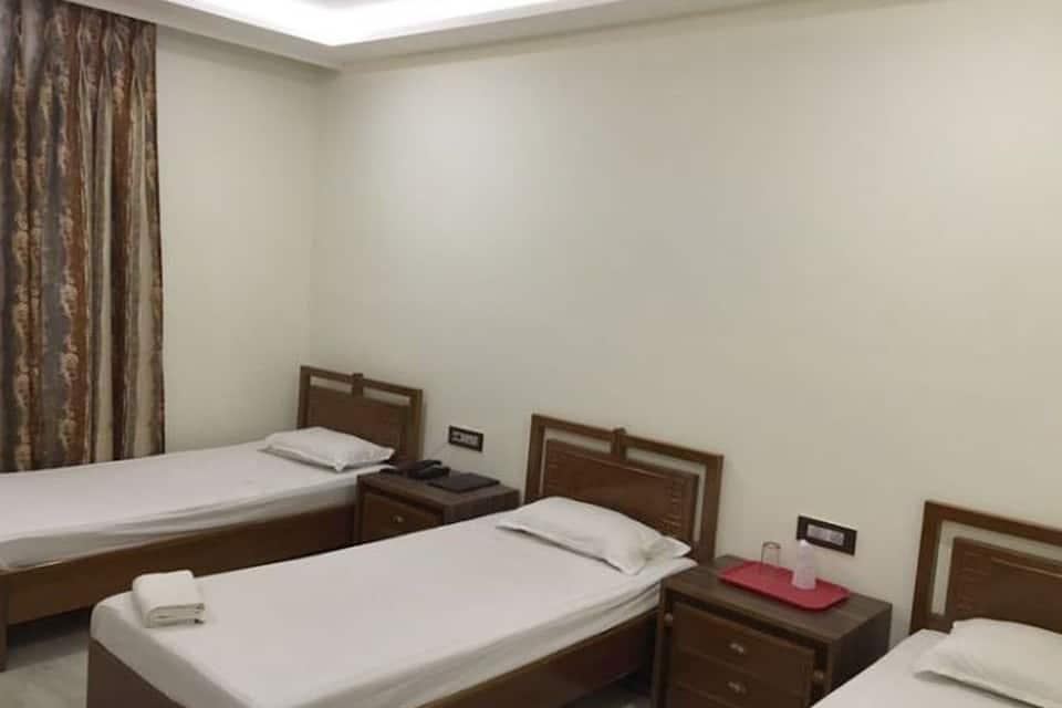 Hotel Tourist Inn, Sevoke Road, Hotel Tourist Inn