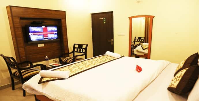 Hotel Redwood, Zirakpur, Hotel Redwood