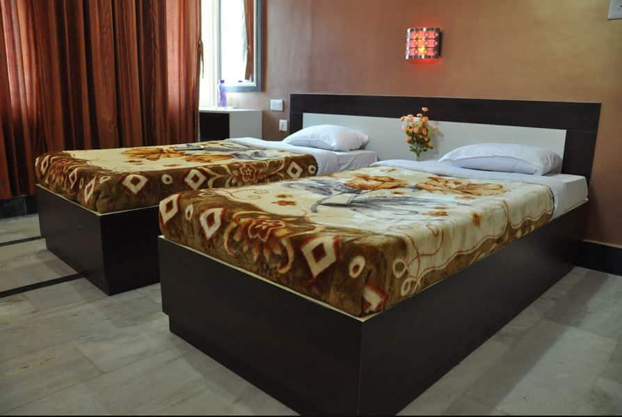 Hotel Kiran Palace, Cantonment, Hotel Kiran Palace