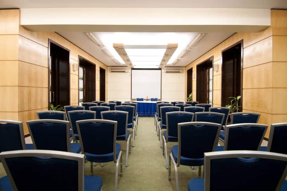 Residency Hotel Andheri, Andheri East, Residency Hotel Andheri