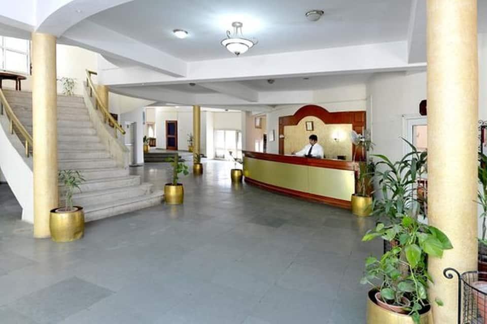 Saras Tourist Resort, South City II, Saras Tourist Resort