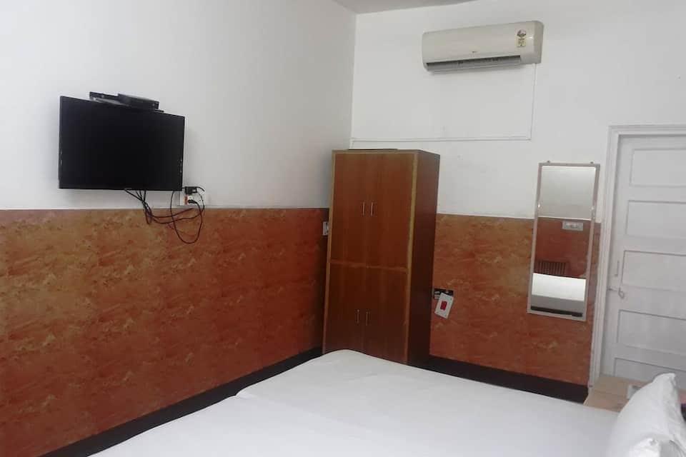 Saina Inn, none, Saina Inn