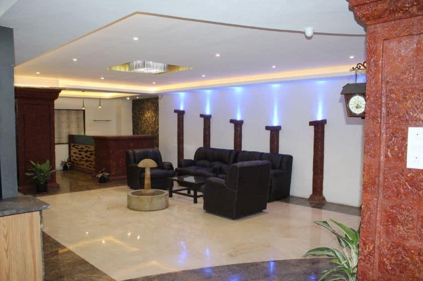 Hotel Stonarc, Chakan, Hotel Stonarc