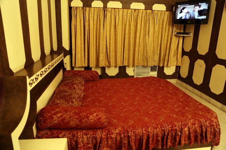 Sri Lakshmi hotel Coimbatore, Room Starts @ ₹ 1237 - Hoteldekho