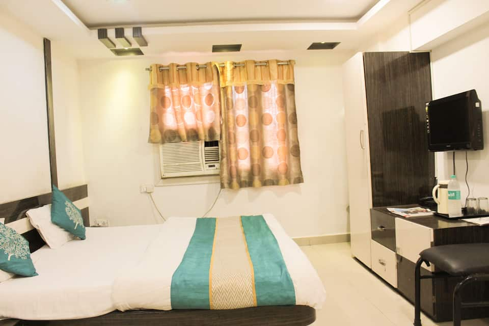 Hotel Maa Sharda, South Tukoganj, Hotel Maa Sharda