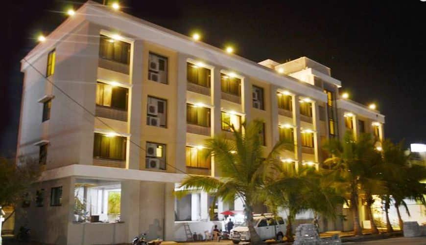 Hotel Sai Smaran, Near Temple, Hotel Sai Smaran