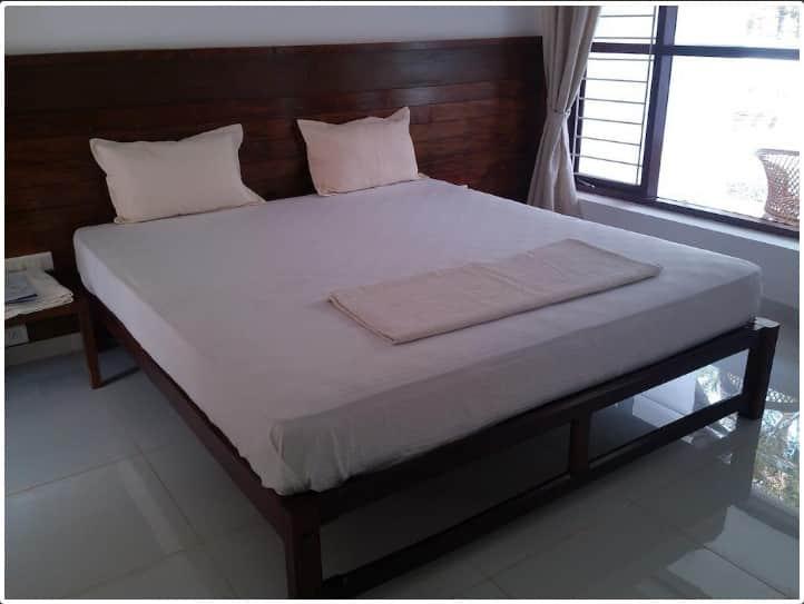 Lilypad Resort, Nazrath Church Road, Lilypad Resort