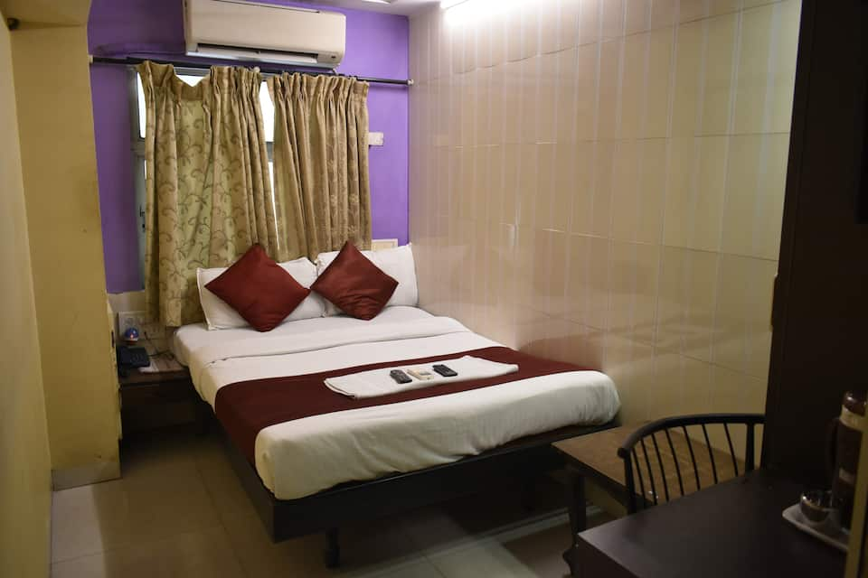 Hotel Arma Court, Bandra, Hotel Arma Court