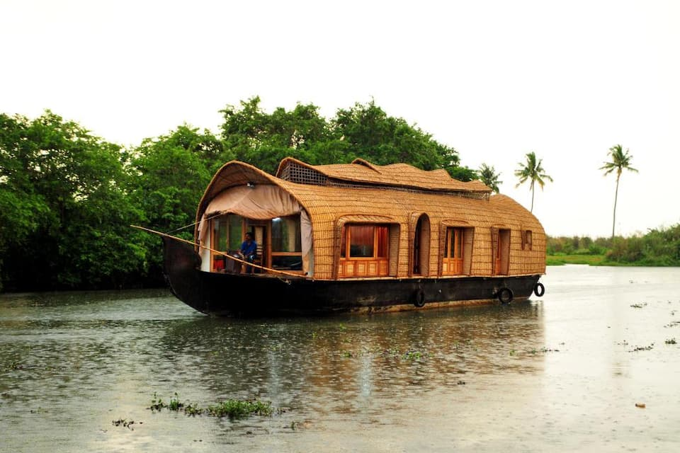 House Boat Parthasarathy, Finishing point, House Boat Parthasarathy