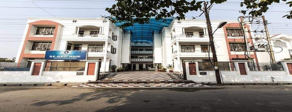 B P Guest House, Vijay Khand, B P Guest House