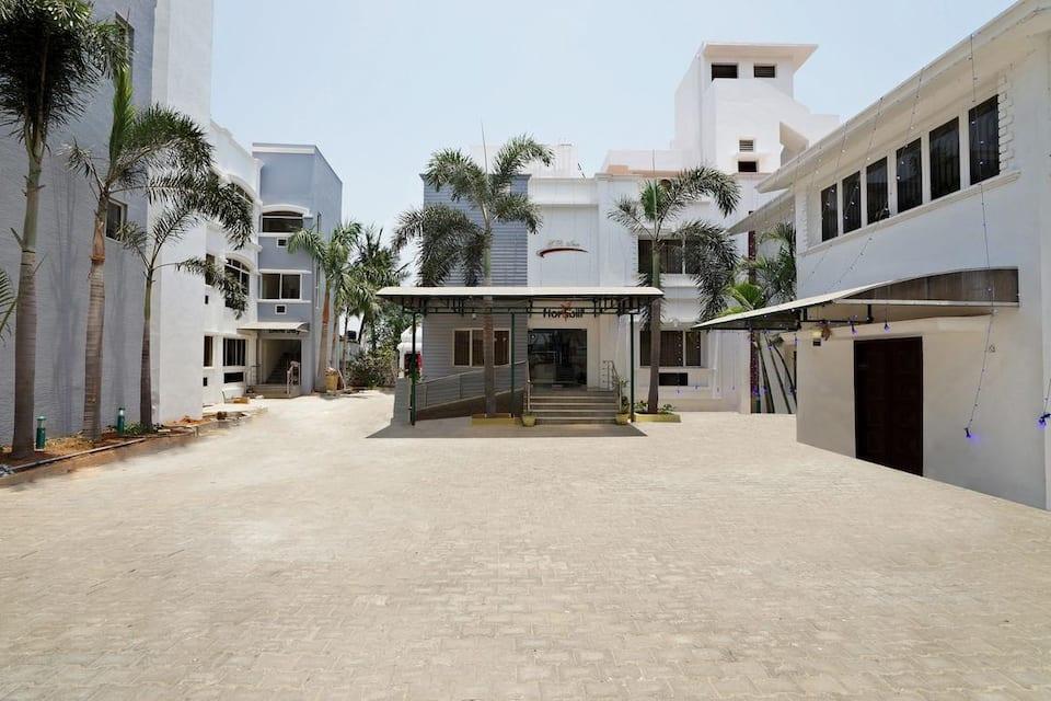 G.R. Inn Hotel, Semmenchery / Old Mahabalipura, G.R. Inn Hotel