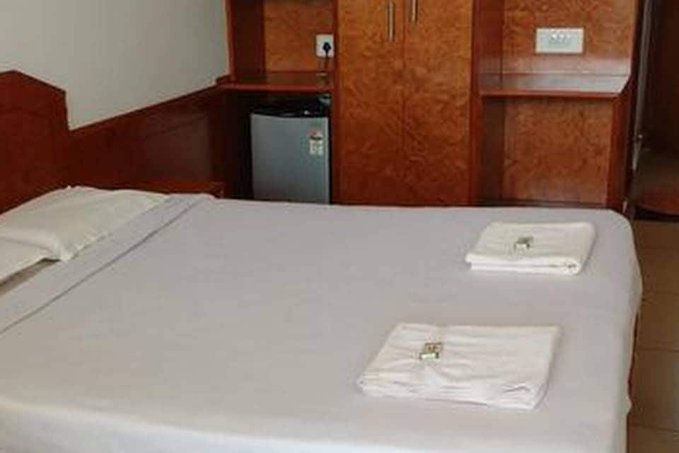 Aloka Residency- A Home Stay, Madikeri, Aloka Residency- A Home Stay