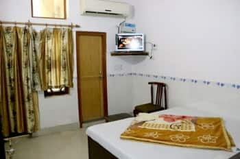 Sagar Ganga Resort, Nirajani Akhara Bagh, Sagar Ganga Resort