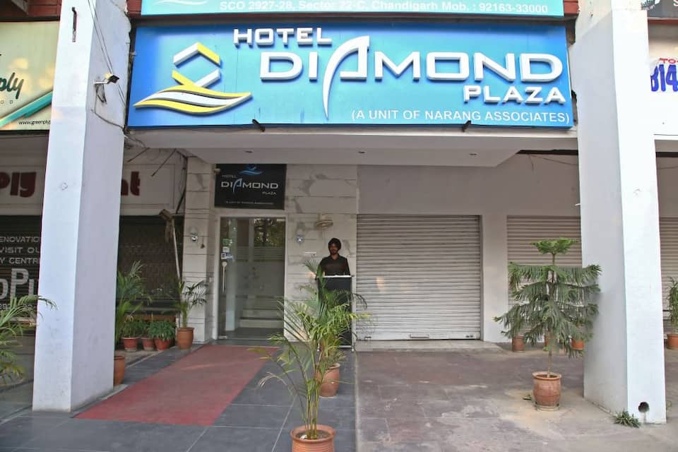 Hotel Diamond Plaza, Sector 22, Hotel Diamond Plaza