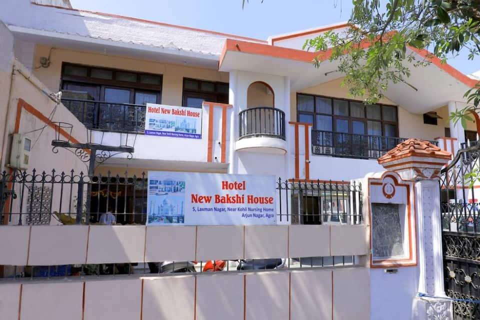 Hotel New Bakshi House, Kamla Nagar, Hotel New Bakshi House
