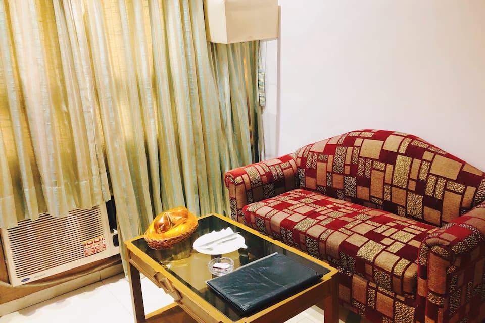 Hotel VIP International, Dharmatala, Hotel VIP International