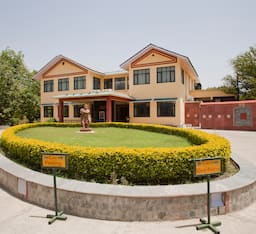 Hotel Amantra Shilpi - Resort - Spa - Club