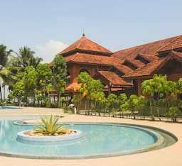 Hotel Lake Song Resort