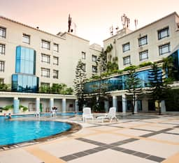 Hotel The Crown Bhubaneswar