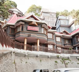 Hotel Wingait Inn (A heritage Cottage)