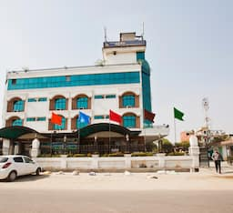 Hotel ClarksInn Ajay International
