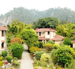 Hotel The Riverview Retreat