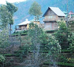 Hotel Himalayan Village Resort
