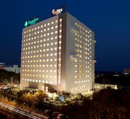 Hotel Lemon Tree Premier, HITEC City