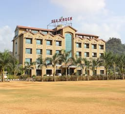 Hotel HOTEL SEA N ROCK