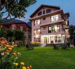 Hotel Sheesha Residency