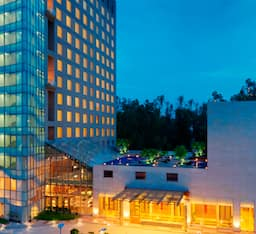 Hotel Radisson Blu Greater Noida