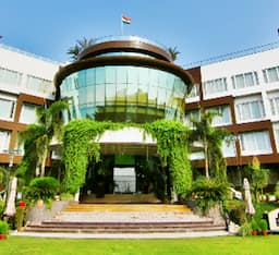 Hotel Dayal Paradise, Lucknow